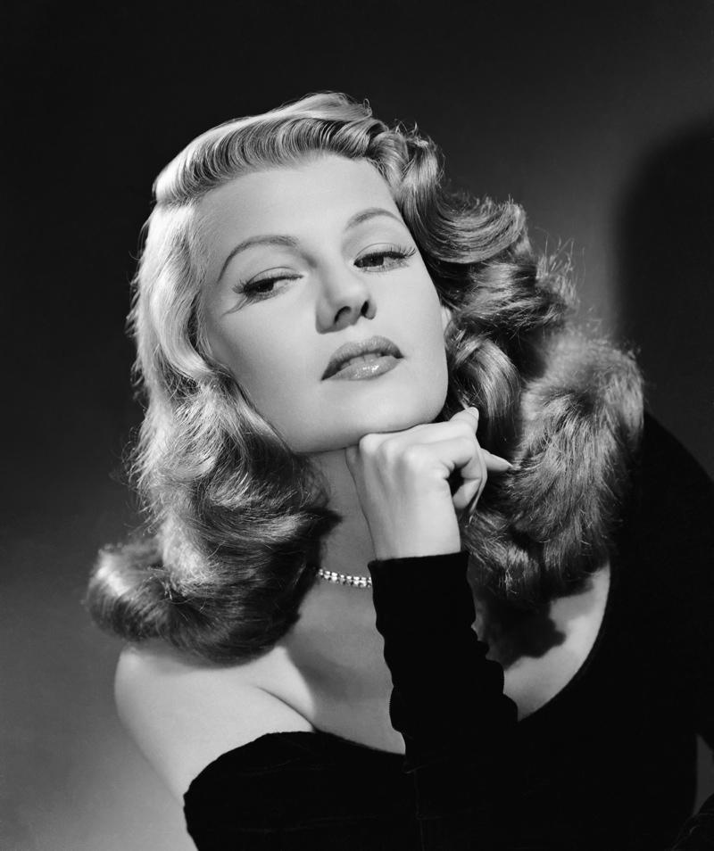 1940s-Hairstyles-Rita-Hayworth